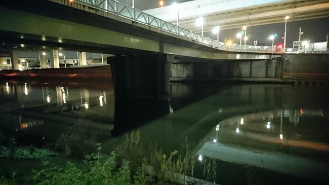 木根川橋の全景