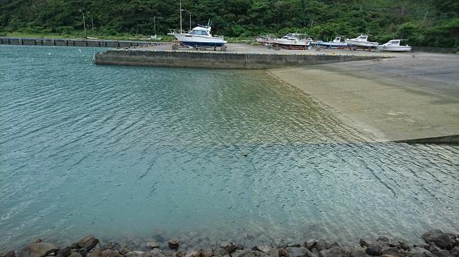 知名瀬漁港のスロープ部分