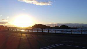 夕日に映る蕪島