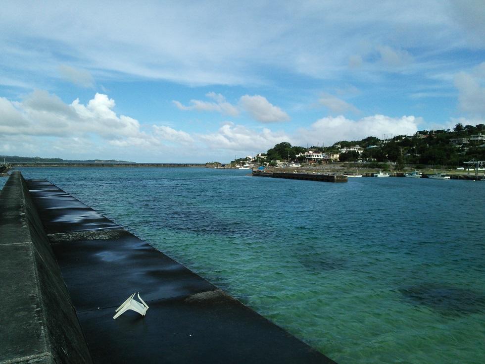 古宇利島の港2